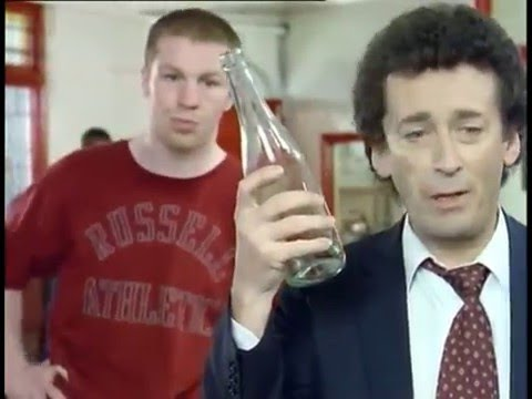 The Detectives S02E05 Sparring Partners - British comedy - 1990's Jasper Carrott & Robert Powell