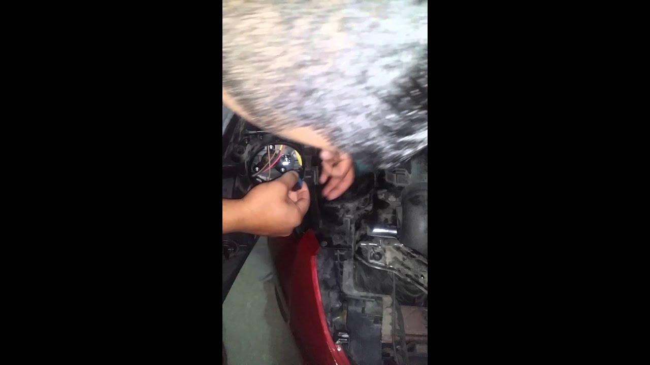 2013 Hyundai Elantra Low Light Bulb Replacement Youtube Trajet Fuse Box