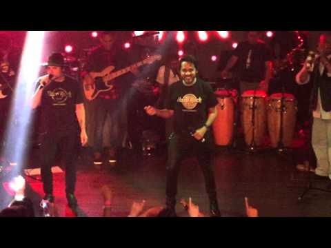 Ver Video de Servando y Florentino Servando y Florentino - Rumba en mi Corazon en Hard Rock Cafe RD