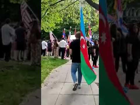 Soysuz Ermeni Kalabalığını Yarıp Geçen Türk Helal Olsun
