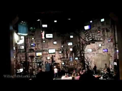 American Idiot on broadway - American Idiot (opening number!)