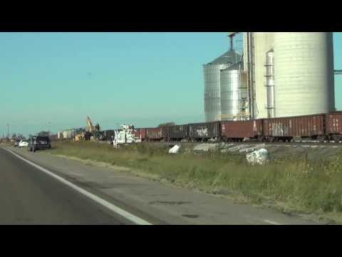 EBD Union Pacific Railroad #4638 clears derailment site @ Central city, NE 9/23/13