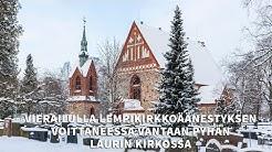 Vierailulla lempikirkkoäänestyksen voittaneessa Vantaan Pyhän Laurin kirkossa