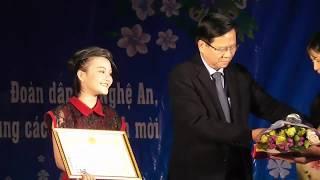 Quán Quân Hà Quỳnh Như - Vinh Dự Được  Chủ Tịch UBND Huyện Khen Thưởng Tại Đêm Nhạc Sưởi Ấm Mùa Đông
