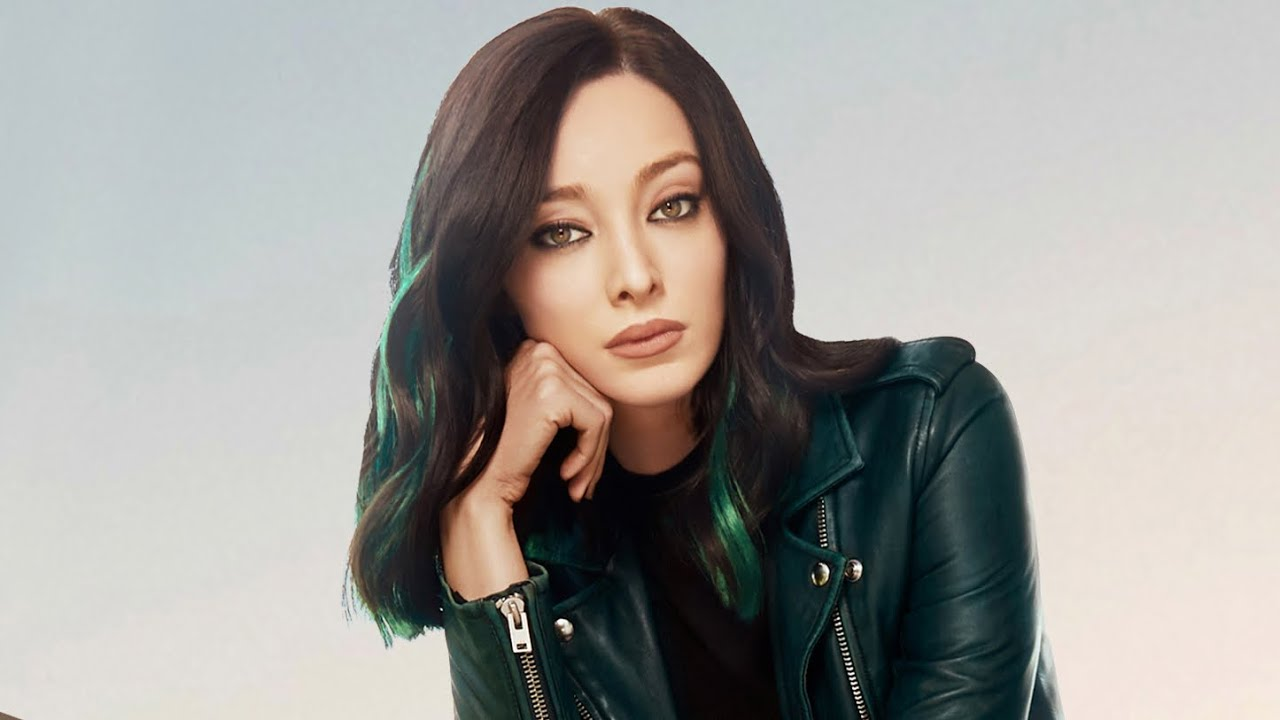 Pictures Emma Dumont nudes (68 foto and video), Sexy, Leaked, Twitter, bra 2019