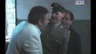 Bombolo massacrato di schiaffi - Il Casinista (Pippo Franco, Renzo Montagnani)