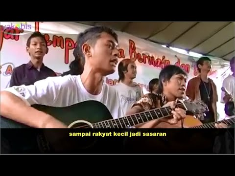 [LAGI] Pengamen Kreatif Suara Emas Sindir Pemerintah Jokowi