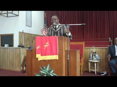 Rev. Joe Ferguson Sings Amazing Grace