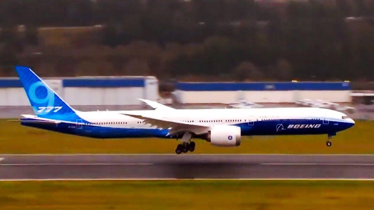 Watch Boeing 777X touch down and fold its wing tips after first flight