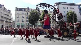 Royal de Luxe a nantes mai 2011