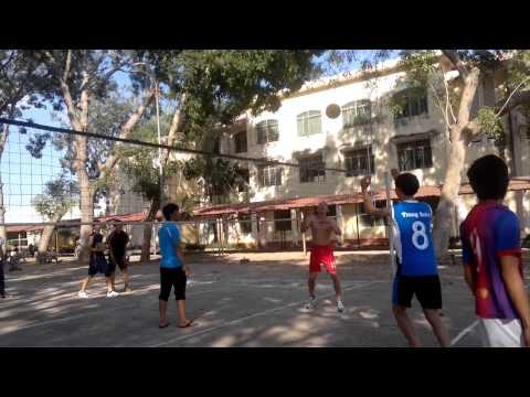 bóng chuyền-học sinh khởi động