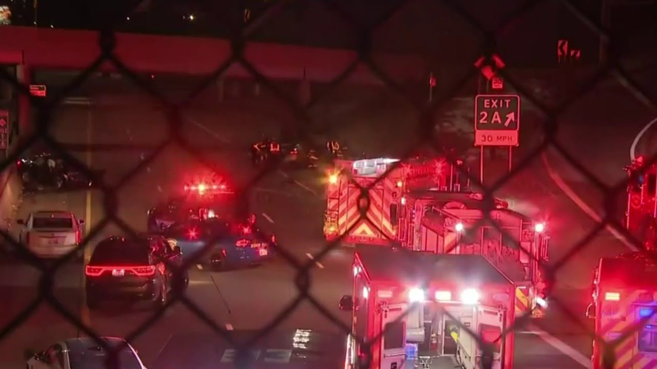 Detroit dispatcher critically hurt in wrong-way crash on Lodge Freeway