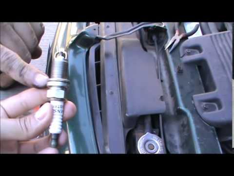 Dodge Caravan Cambio De Bujias Youtube