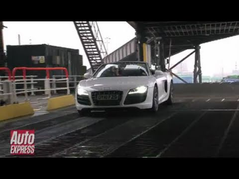 Audi R8 Spyder Tunnel Blasting Review - Auto Express