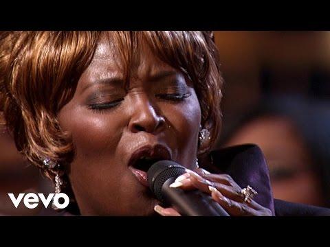 Bill & Gloria Gaither - He's That Kind of Friend [Live] ft. Tramaine Hawkins