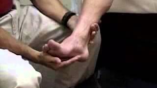 Assessment - Reflex Exam - Dorsiflexion Exam Showing