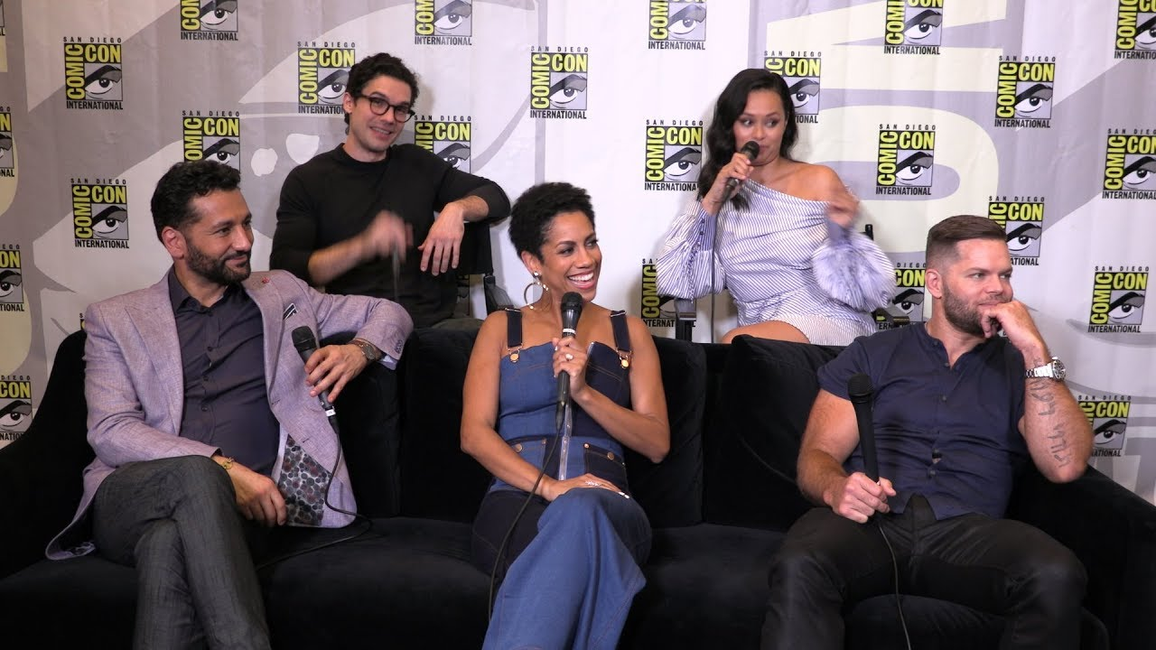 The Expanse Cast Interview: San Diego Comic-Con 2019 - YouTube