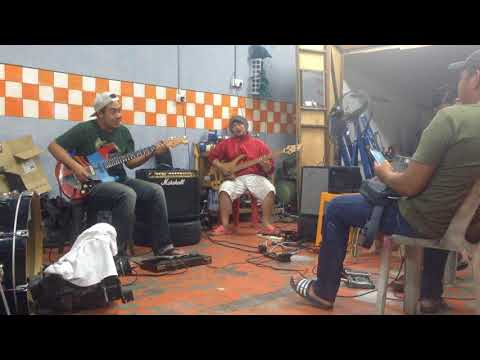slash-taman astakona cover by garage band