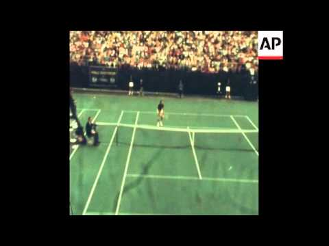 SYND07/08/72 ROBERT LUTZ WINS THE US PRO TENNIS CHAMPIONSHIP
