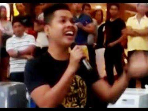 "Filipino DUAL VOICE Guy Singing ""THE PRAYER"" (Super Incredible Performance!!!)"