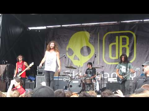 They Don't Call It The South For Nothing- Of Mice & Men Live Warped Tour Toronto July 9, 2010 HD