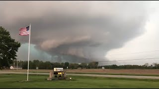 Incredible Tornado warned Supercell near Lewistown, illinois - May 24, 2019