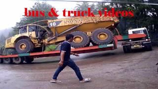 Download Video TRUCK TRAILER FUSO MUATAN MOBIL TAMBANG SLIP DI SITINJAU LAUIK KARENA HUJAN MP3 3GP MP4