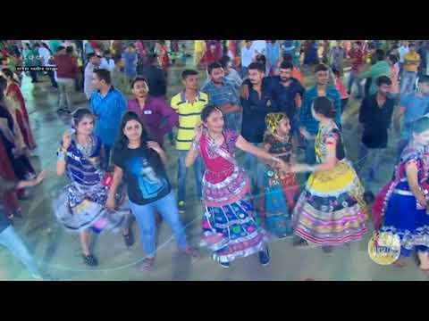 Aaj Gagan Thi Chandan Dholay Re II New Garba Wel come Navratri 2017 II