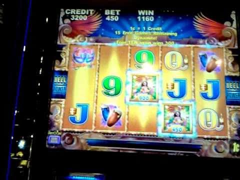 Party In Rio Slot Machine