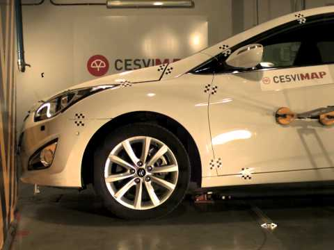 Crash test delantero Hyundai i40