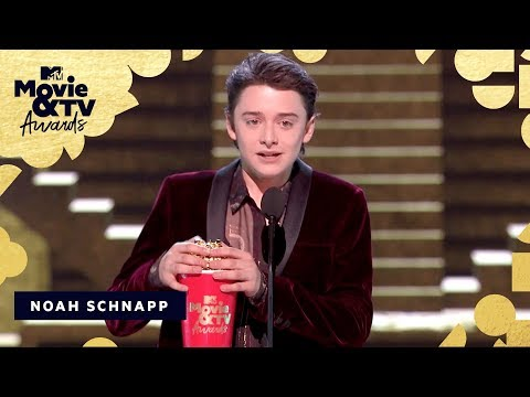 Noah Schnapp Accepts the Award for Most Frightened Performance | 2018 MTV Movie & TV Awards thumbnail