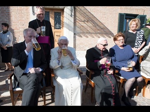 Benedict XVI drinks beer on his 90th birthday