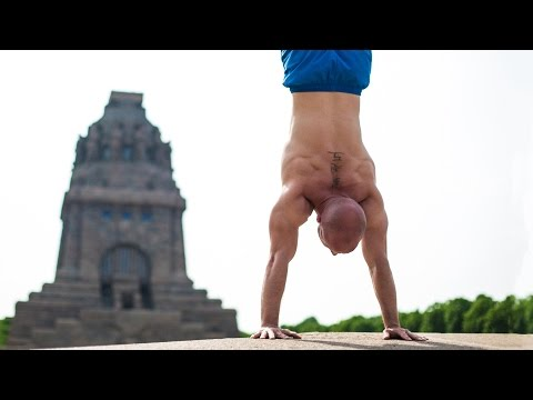 3 Reasons You Cant Balance a Handstand Yet