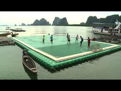 fu ball spielen auf dem wasser nicht nur in thailand besonders youtube