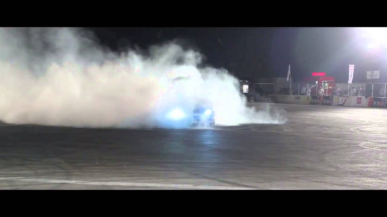 Drifting Stunt Show   Team Maximum Lock