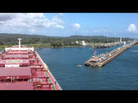 Dry Bulker at Gatun