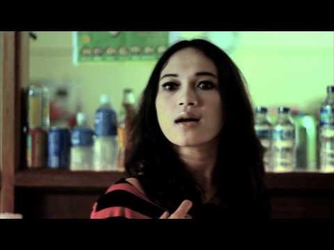 Video Lucu Peribahasa - Lempar Batu Sembunyi Tangan