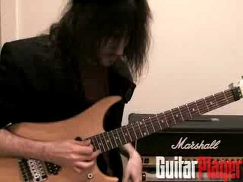 "Ron ""Bumblefoot"" Thal Demos The Thimble"