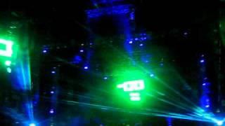 "[HQ] Chemical Borthers - ""Hey Boy, Hey Girl"" .:. LiVe @ ULTRa 2011"