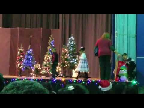 Christmas at Most Blessed Trinity Academy (Kindergarten 2017)