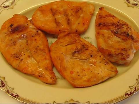 Betty's French Dressing Grilled Chicken Breast Rec...