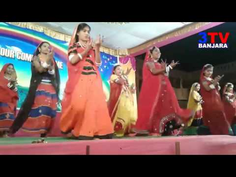"Banjara School Grils Amazing Dance performance on ""Hathema lali lali bangadi"" Song