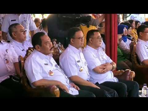 Wali Kota Jakarta Barat Mengantuk Saat Duduk di Samping Anies Baswedan