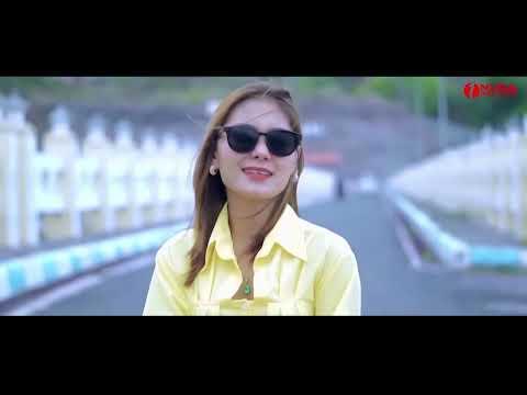Vita Alvia - Tua Tua Keladi - Mengaku Bujangan (Official Music Video)