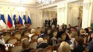 Как подогревают патриотические чувства россиян: упор на военную готовность