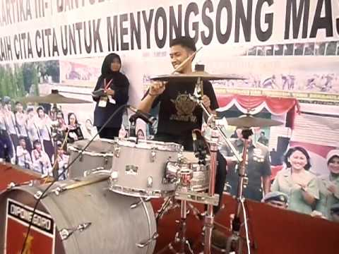 Steven Lagu Santai #Standup Reggae Ambarawa