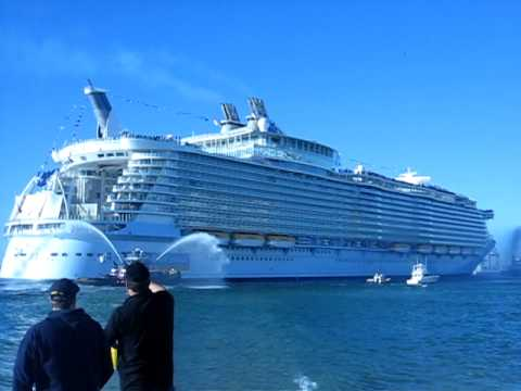 World39s Largest Cruise Ship Oasis Of The Sea39s Arrives At Port Evergl