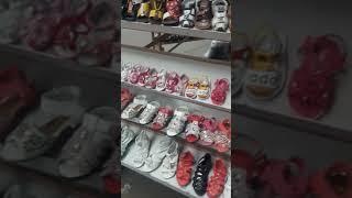 Видео Распродажа детской обуви оптом 50-10-150 рублей