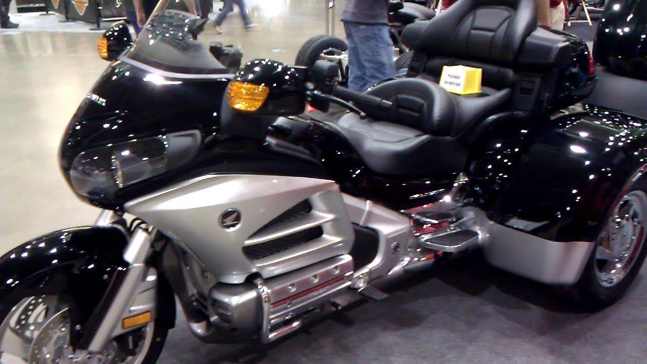 2013 Honda Gold Wing Trikes vs 2013 Harley Davidson trike ...