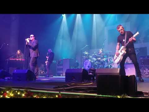 The Cult Live, Here Comes The Rain! Paramount Theatre, Huntington NY, 12/10/19
